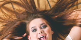 Jak poradzić sobie z łamliwymi włosami?
