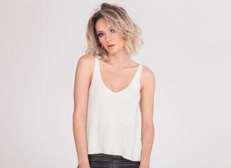 Jednodniowa metamorfoza włosów: popielaty blond z ciemnymi odrostami