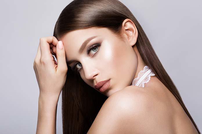 Jak dopasować makijaż do stylizacji