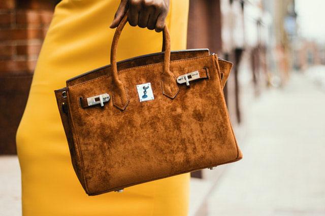 Jak dobrać torebkę do formalnej stylizacji? 5 wskazówek