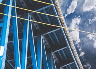 Spawanie konstrukcji stalowych – dlaczego jest korzystnym rozwiązaniem